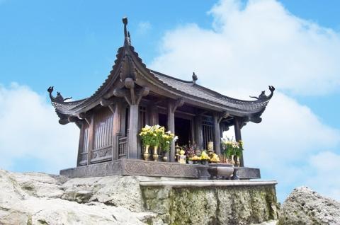 Tour Chùa Yên Tử - Chùa Ba Vàng 1 ngày