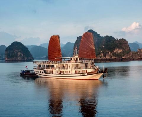Du thuyền Hạ Long Apricot Premium Cruise 4 sao