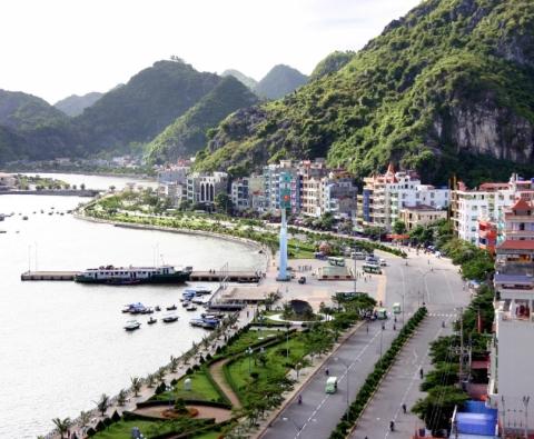 Tour du lịch Cát Bà Vịnh Lan Hạ Ngủ khách sạn