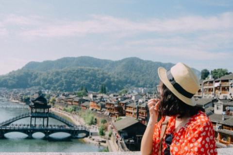 Du lịch Thiên Môn Sơn Trương Gia Giới Phượng Hoàng Cổ Trấn 5n4đ bay VJ