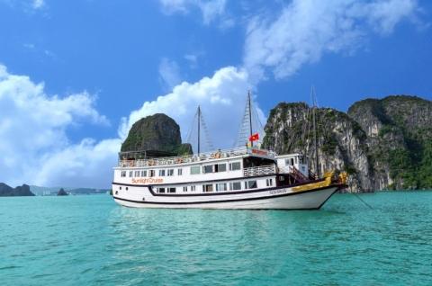 Du lịch Hạ Long du thuyền 3 sao Sunlight Cruise