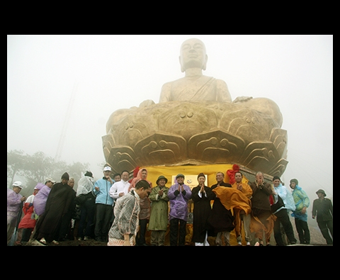Tour du lịch Chùa Ba Vàng - Chùa Yên Tử