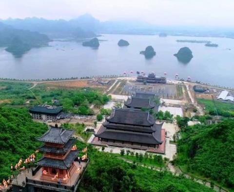 Tour ghép du lịch Chùa Tam Chúc - Chùa Hương 1 ngày