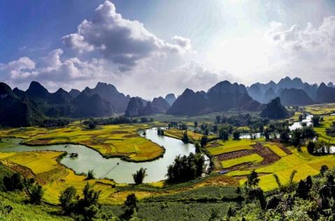 Tour Đông Bắc Ba Bể Cao Bằng Hà Giang