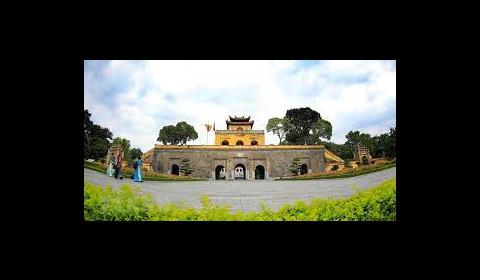 Khám phá vẻ đẹp Khu di tích Hoàng thành Thăng Long - Hà Nội