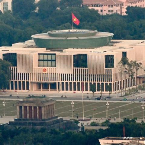 Tham quan Nhà Quốc hội của Việt Nam