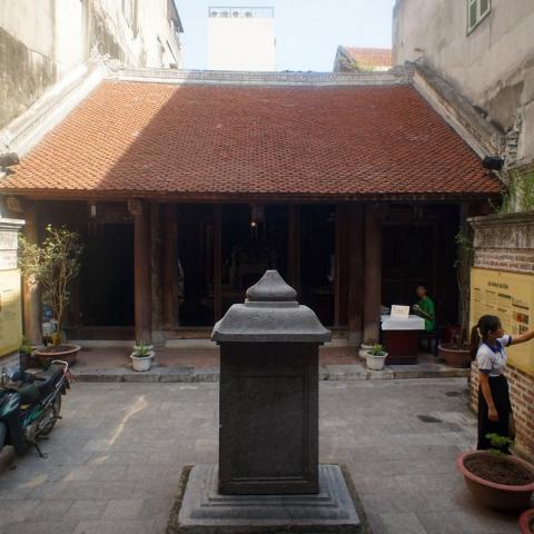 Đền Quan Đế Kiến trúc cổ giữa lòng phố cổ